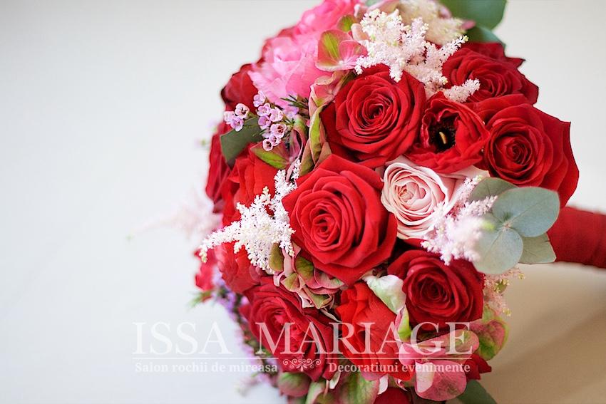 Buchet De Mireasa Trandafiri Rosii Si Hortensia